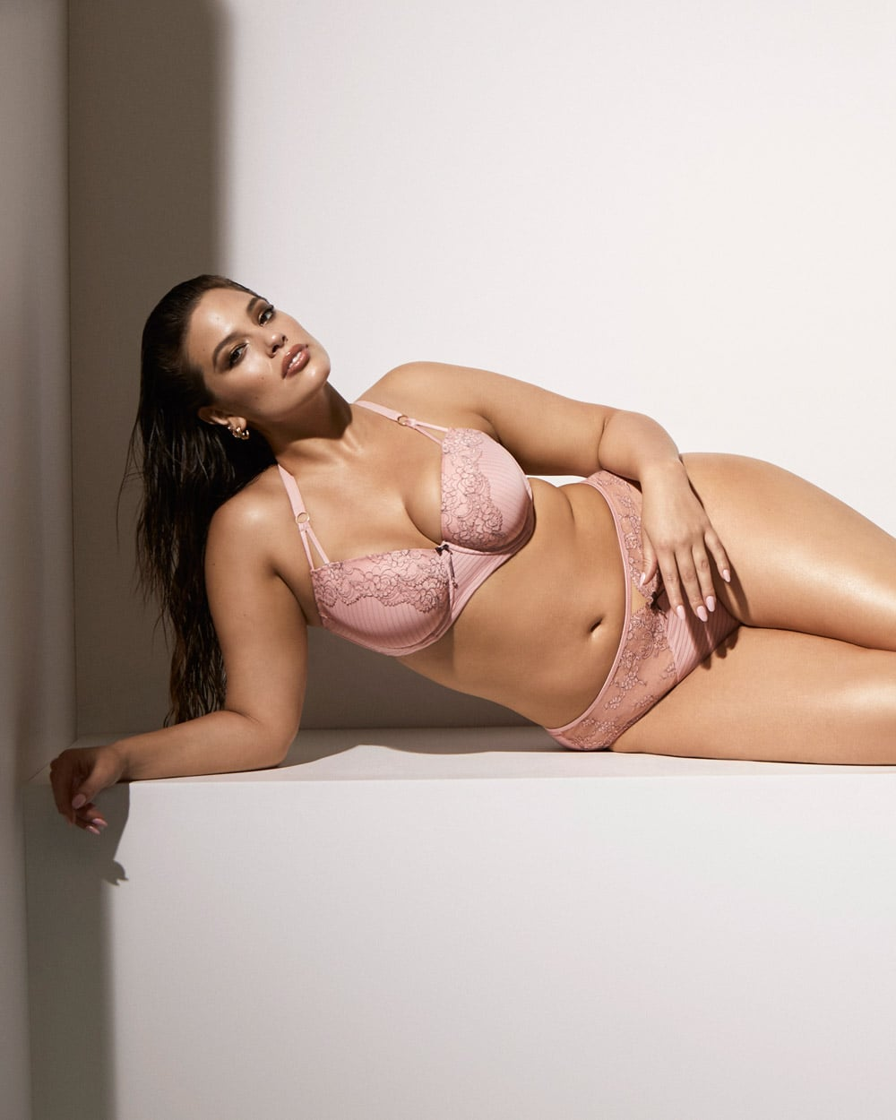 ed0d48423 Ashley Graham For Addition Elle Showstopper Set | Why Wearing ...