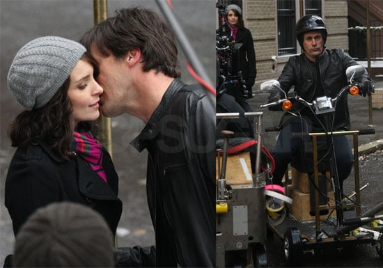Photos of Jon Hamm Kissing Tina Fey While Filming 30 Rock in NYC