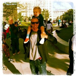 Volleyball star Kerri Walsh snapped her husband and son in London.  Source: Instagram user kerrileewalsh