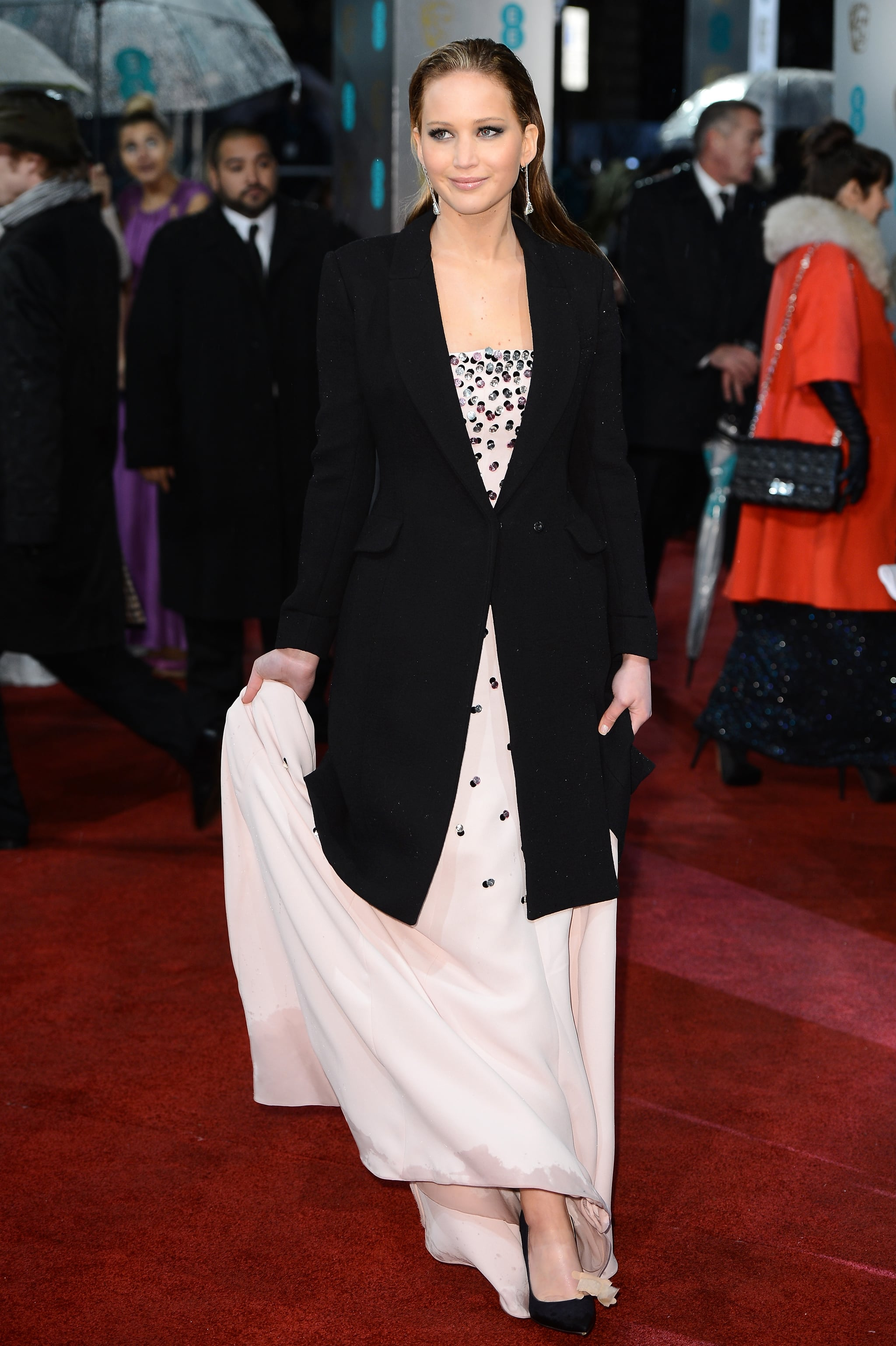 Jennifer Lawrence Wows in Sexy Dior Haute Couture at BAFTAs