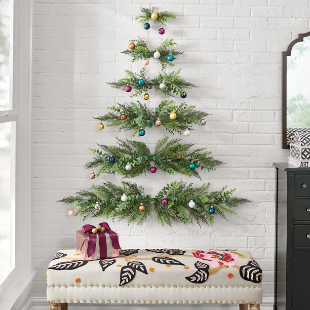 This Wall Hanging Christmas Tree Is Perfect For Small Spaces