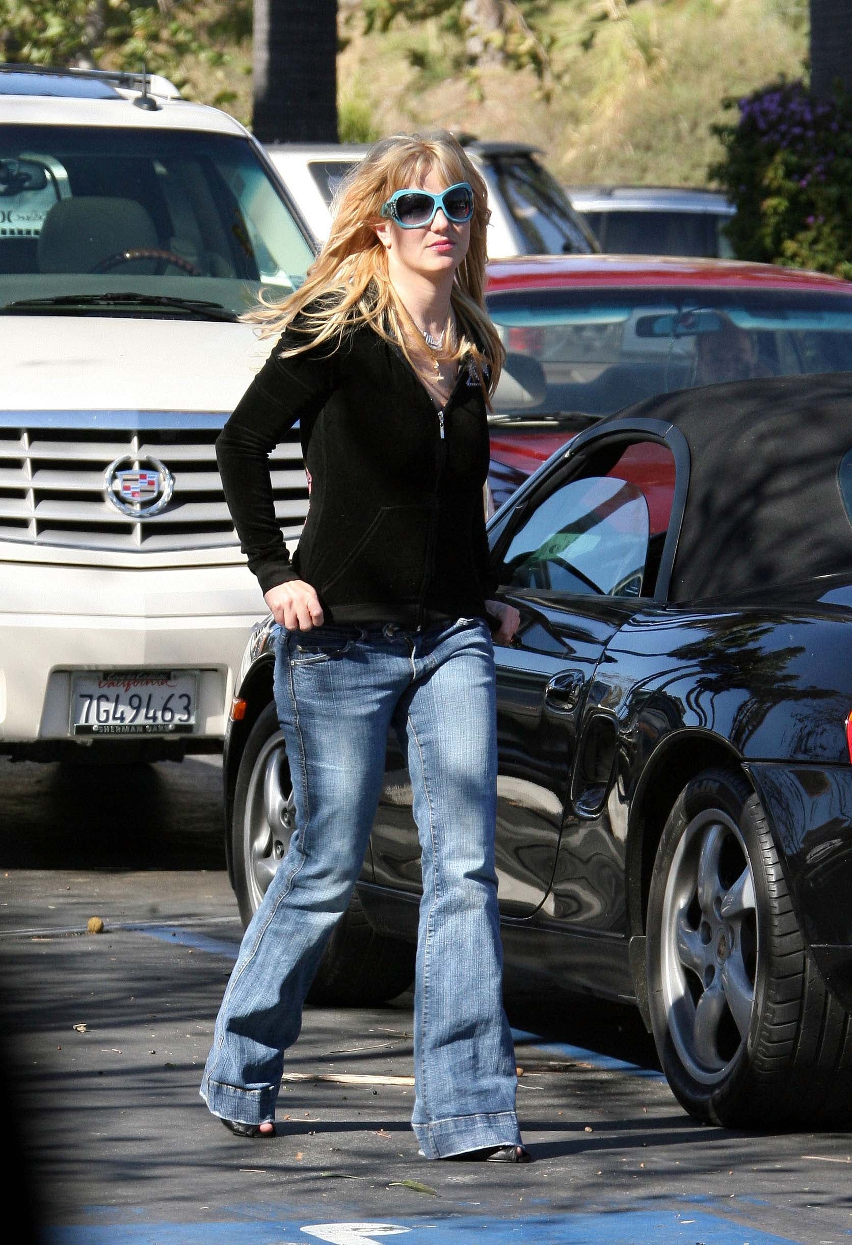 britney_spears_061129_21