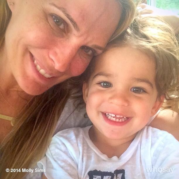 Brooks Stuber got in some mommy-and-me time with Molly Sims one morning. Source: Instagram user mollybsims