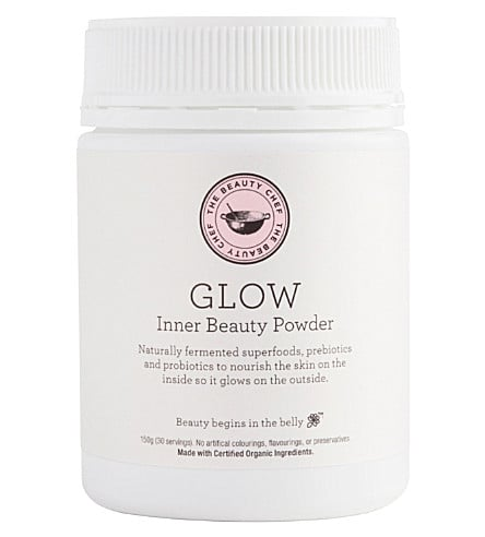 For glowing skin, Stephanie tried Beauty Chef Glow Powder