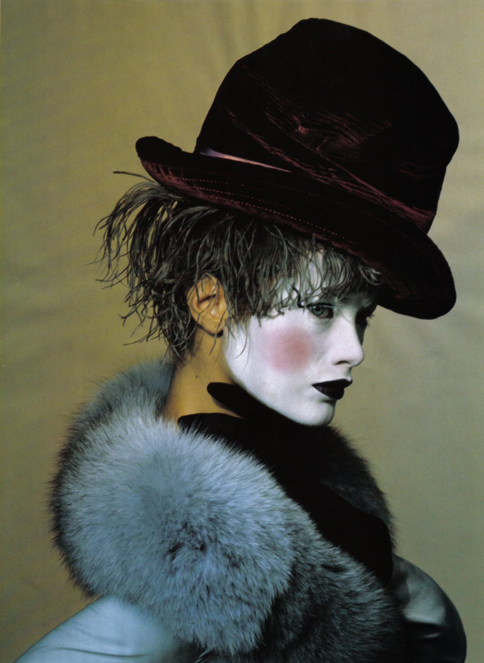 Black Hat and White Face, New York, (Carolyn Murphy), Vogue, June 24, 1997