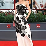 Black and white was anything but boring at a premiere for 11 Minutes thanks to Diane's Oscar de la Renta gown.