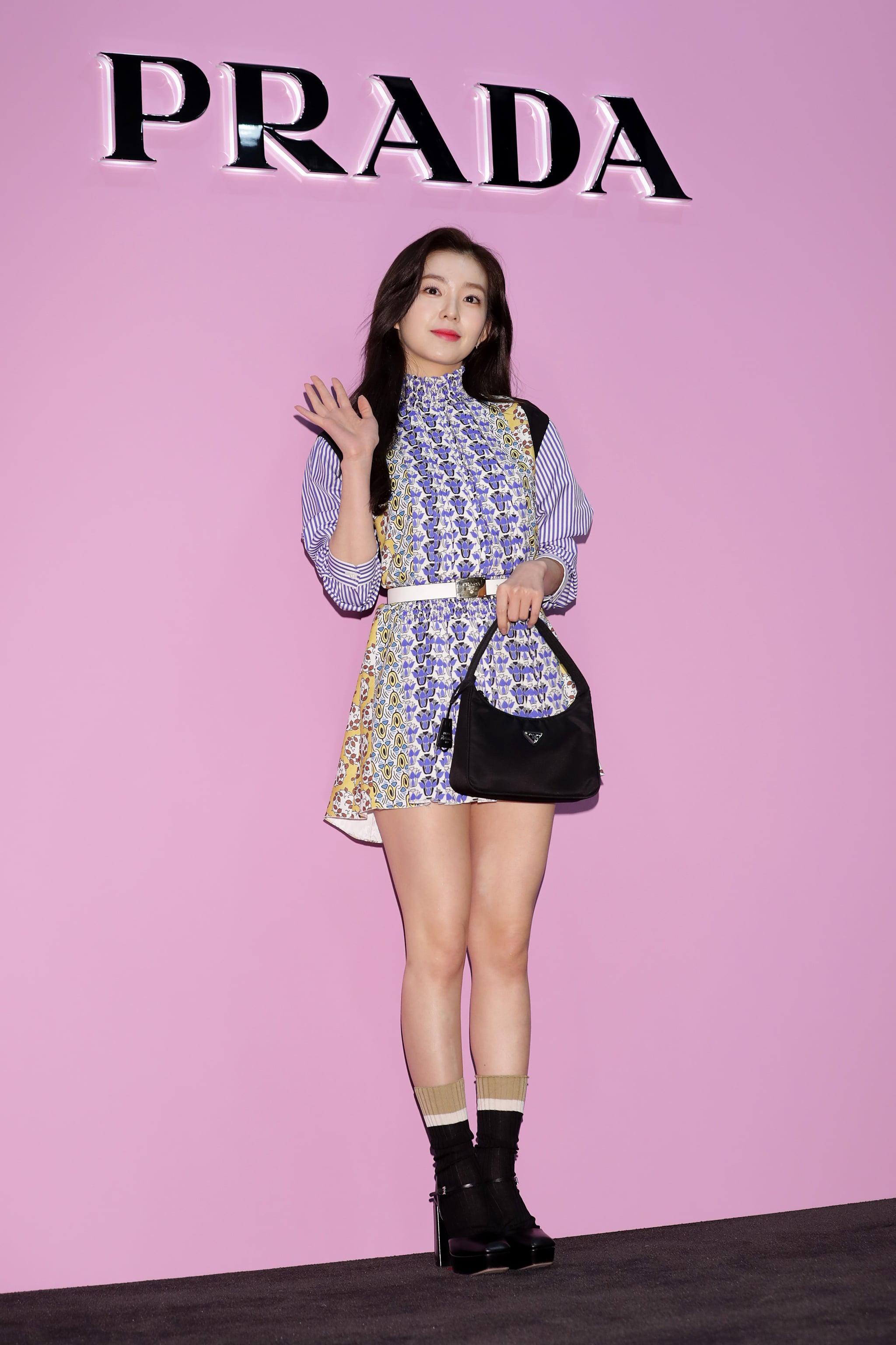 The Prada Nylon Bag Trend Is Back In 2020 Popsugar Fashion