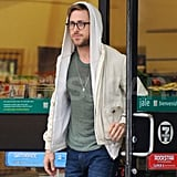 Ryan Gosling Gets Goodies at 7-11 For a Trip Out of Town
