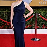 Veep's Anna Chlumsky rocked a one-shoulder gown at the SAGs.