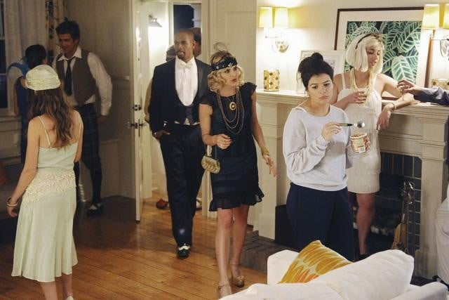 Damon Wayans Jr. as Brad, Eliza Coupe as Jane, and Casey Wilson as Penny on Happy Endings.  Photo copyright 2011 ABC, Inc.