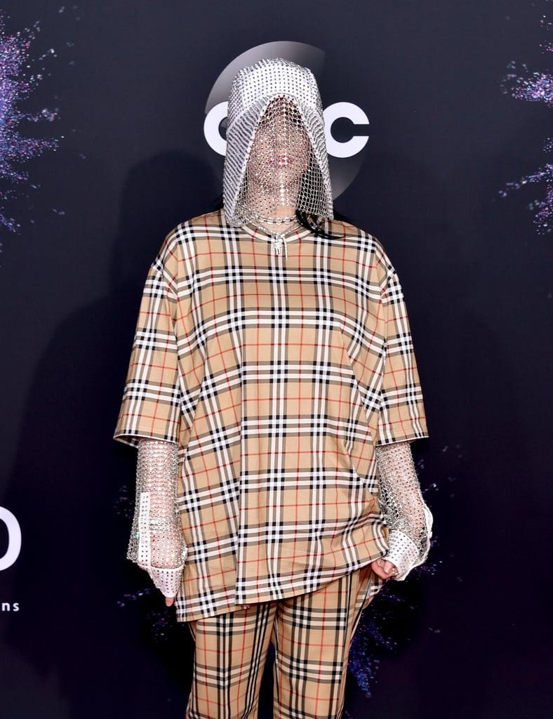 Billie Eilish's Burberry Chain Mask at the AMAs 2019
