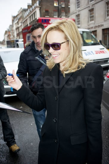 Pictures of Rachel McAdams Leaving Her London Hotel Headed to the Airport