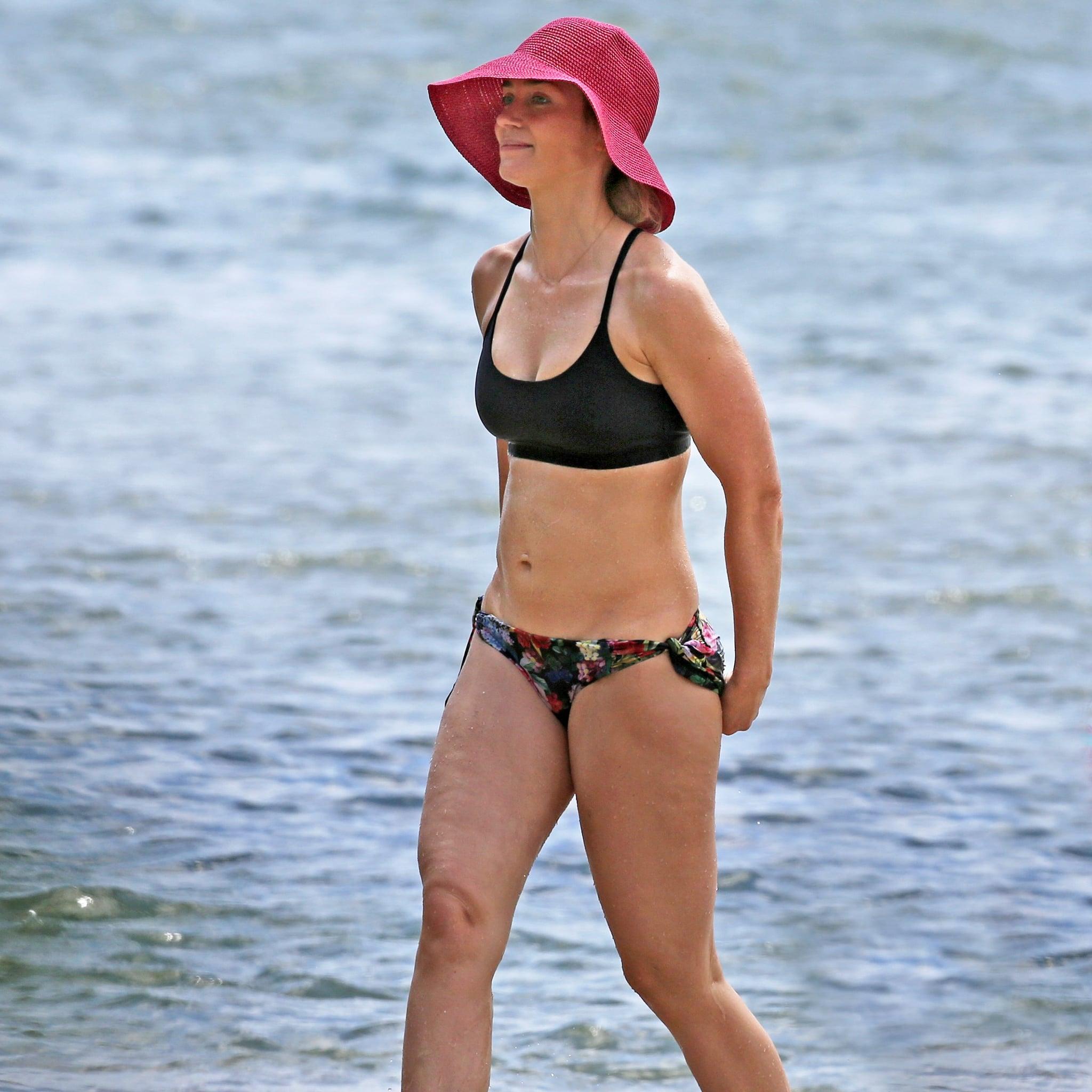 Emily Blunt Bikini Pictures In Hawaii June 2018 Popsugar Celebrity