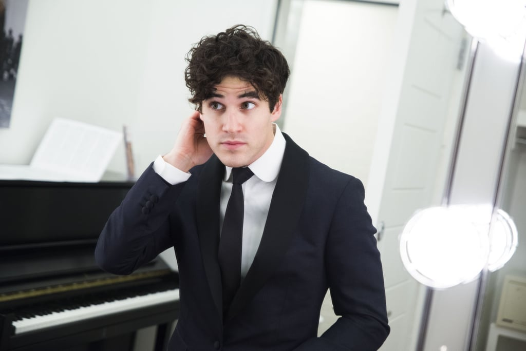 LMDCtour - Some of my favorite past photos/gifs of Darren - Page 2 Darren-Criss-Hot-Pictures