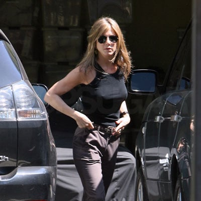 Jennifer Aniston Out in LA 2008-08-01 16:37:20