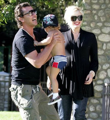 The Rossdale Bunch Looks All Rosy