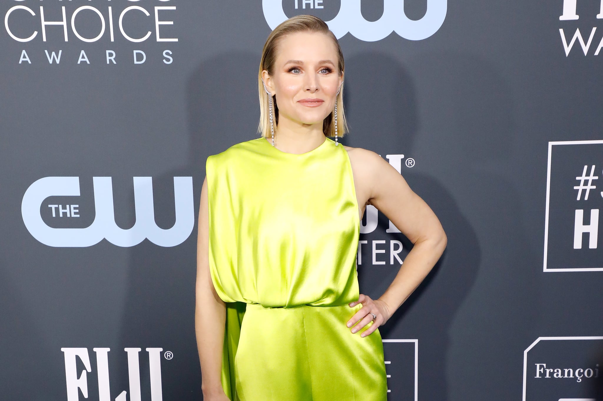 SANTA MONICA, CALIFORNIA - JANUARY 12: Kristen Bell attends the 25th Annual Critics' Choice Awards at Barker Hangar on January 12, 2020 in Santa Monica, California. (Photo by Taylor Hill/Getty Images)