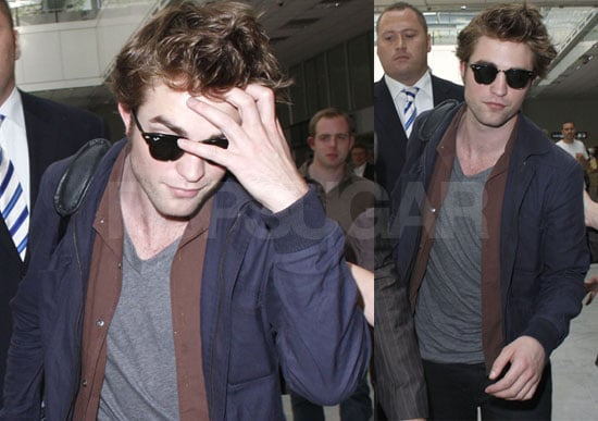 Robert Pattinson Arrives in Cannes