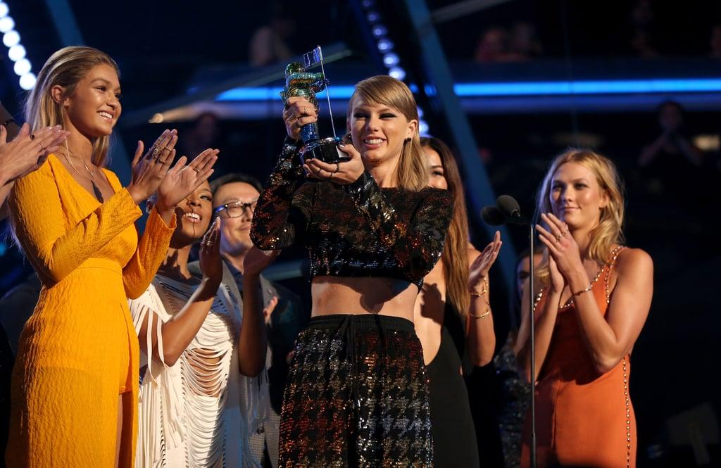 Taylor Swift Accepting an Award at the 2015 VMAs