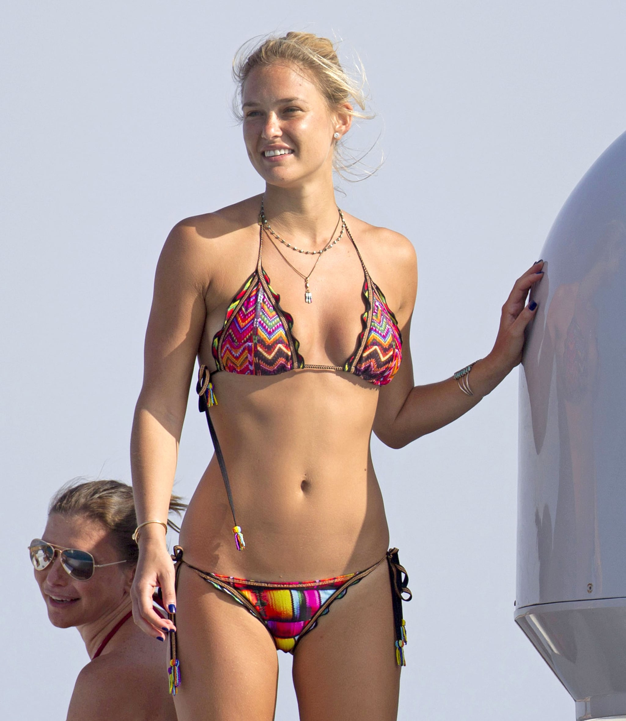 Bar Refaeli Bikini Bodies  Pic 27 of 35