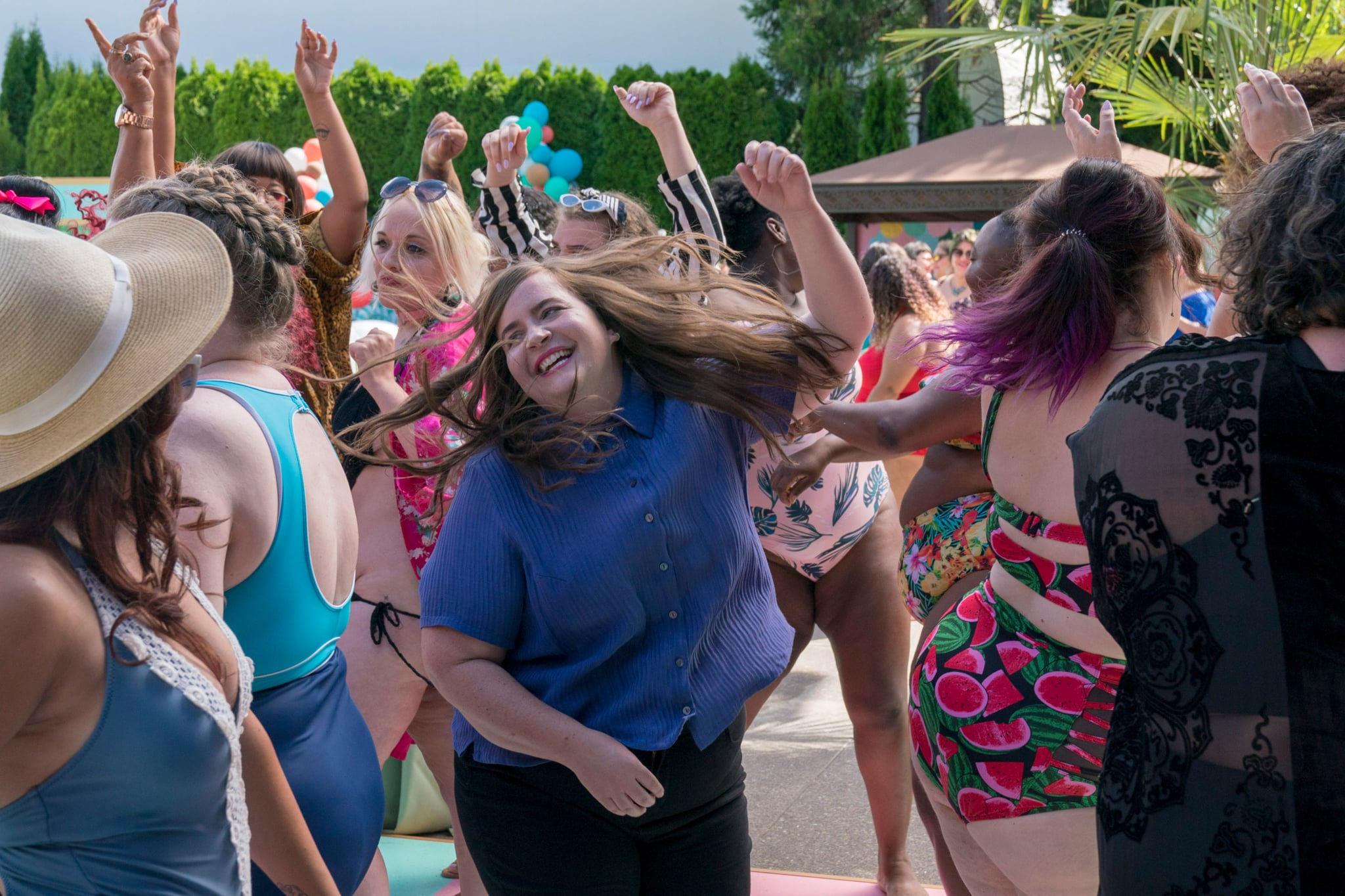 SHRILL, Aidy Bryant (centre), 'Pool', (Season 1, ep. 104, aired March 15, 2019). photo: Allyson Riggs / Hulu / courtesy Everett Collection
