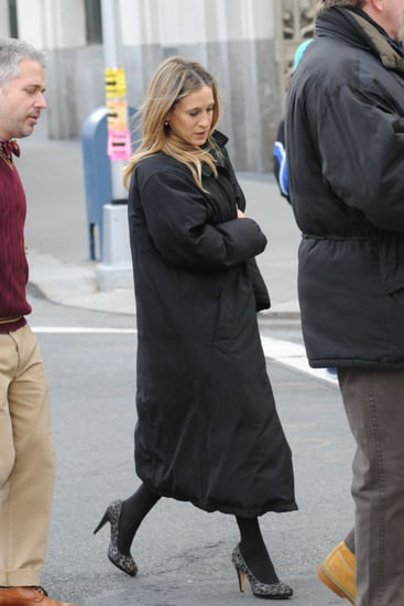 Pictures of Sarah Jessica Parker and Kelsey Grammer on Set in New York 2011-01-20 13:31:15
