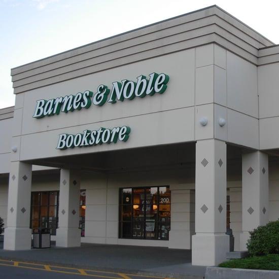 Breastfeeding Mom Sues Barnes & Noble