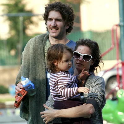 Amanda Peet Out with her Husband and Daughter