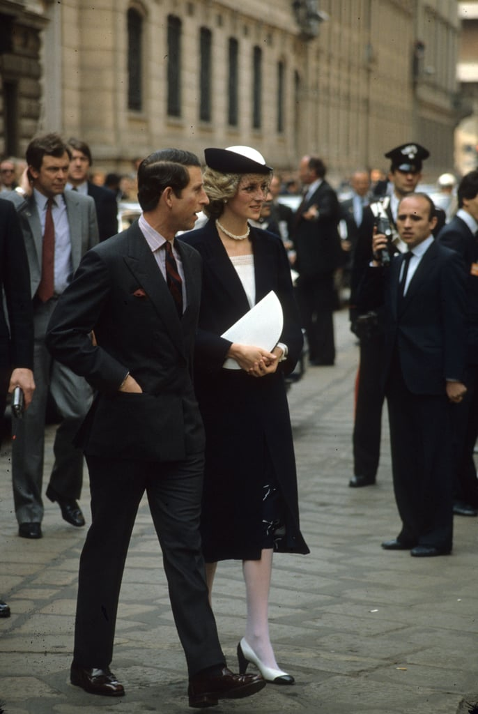 Prince Charles and Princess Diana walked side by side as they toured Italy in 1985.