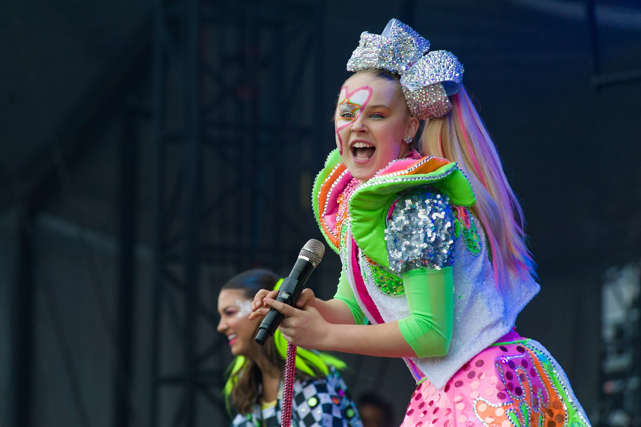 CHICAGO, ILLINOIS - JUNE 09: JoJo Siwa performs onstage during day two of Nickelodeon's Second Annual SlimeFest at Huntington Bank Pavilion on June 09, 2019 in Chicago, Illinois. (Photo by Timothy Hiatt/Getty Images  for Nickelodeon)