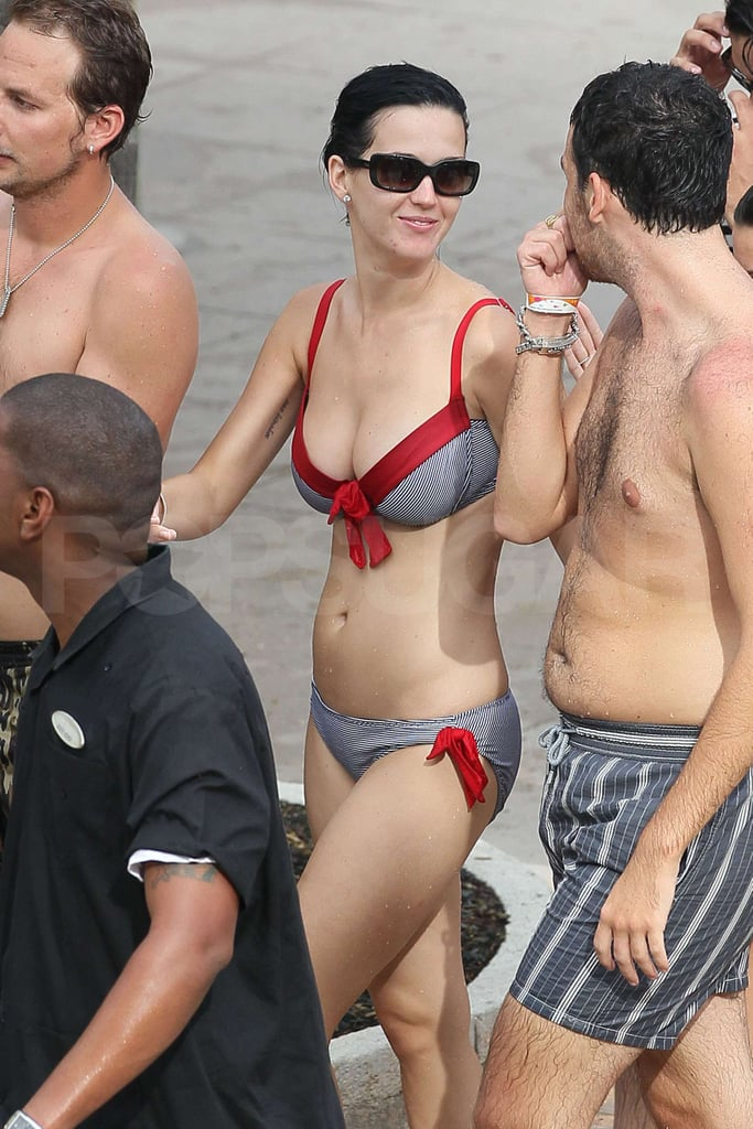 Pictures of Katy Perry Bikini