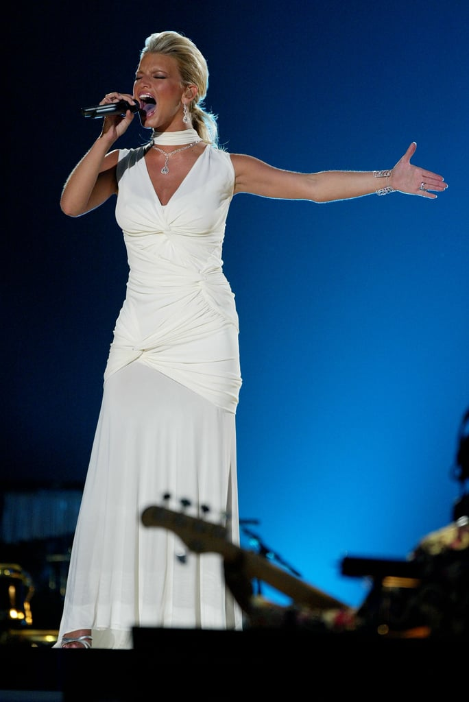 Jessica Simpson belted it out during the seventh annual VH1 Divas concert in April 2004.