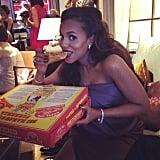 Pregnant Kerry Washington snacked on pizza backstage.  Source: Instagram user kerrywashington