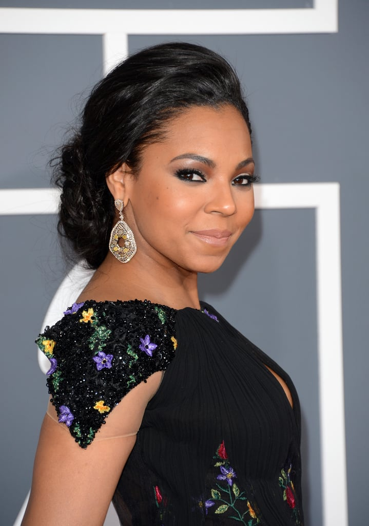 Ashanti struck a pose at the Grammys.