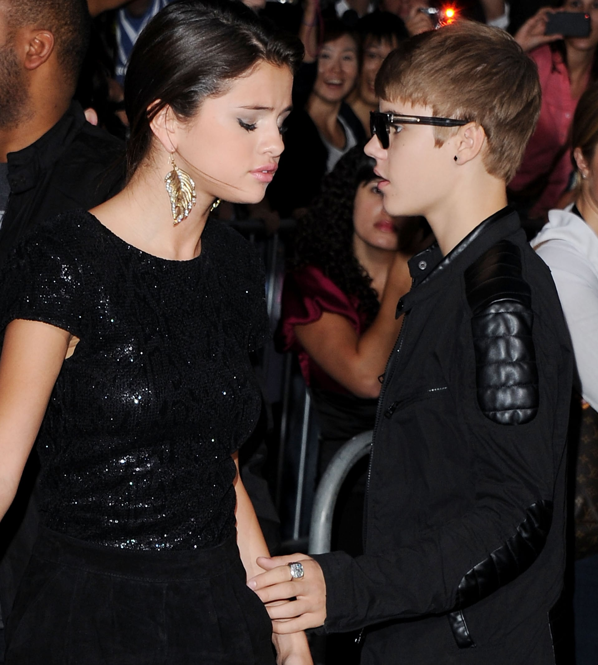 Selena gomez and justin bieber dating dress up