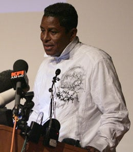 Michael Jackson Dead Of Heart Attack At 50 Years Old, Jermaine Jackson Makes Statement From Jackson Family