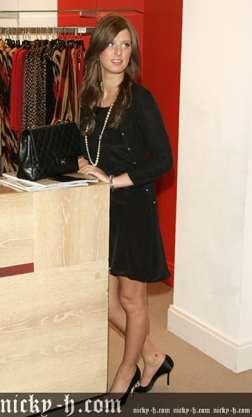 Nicky_Hilton_Visits_Saks_Fifth_Avenue_s_Key_to_the_Cure_Benefit_019