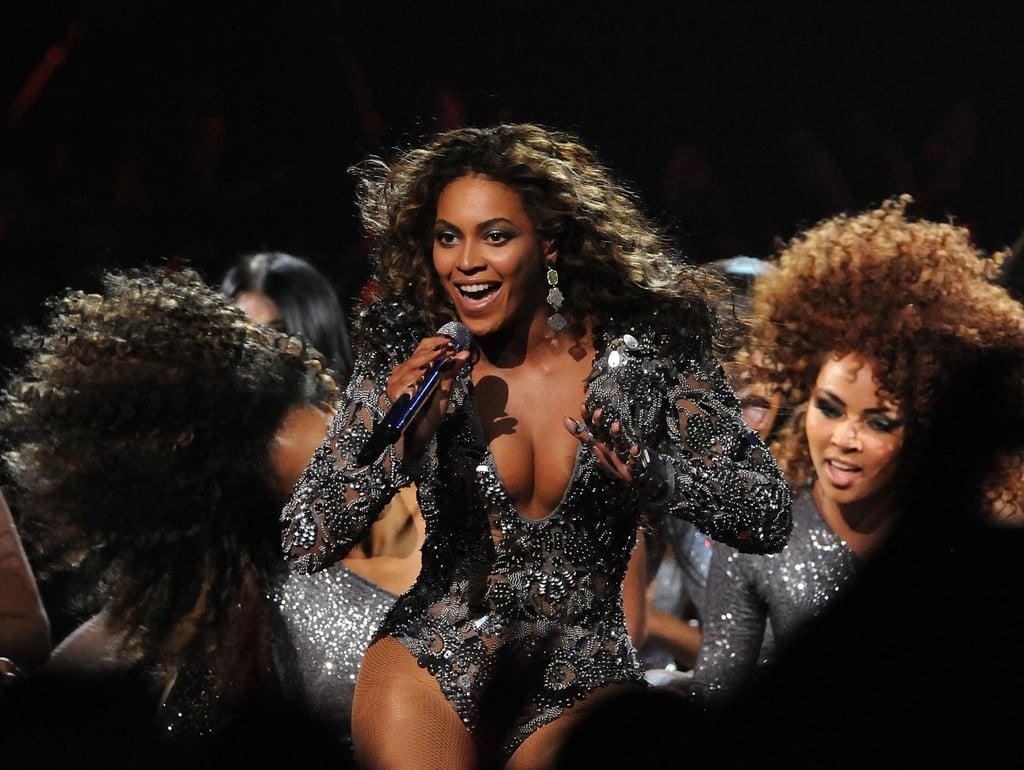 Beyonce's VMAs Performances   Videos