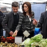 Mary and Frederik toured the farmers market in New York in Oct. 2011.