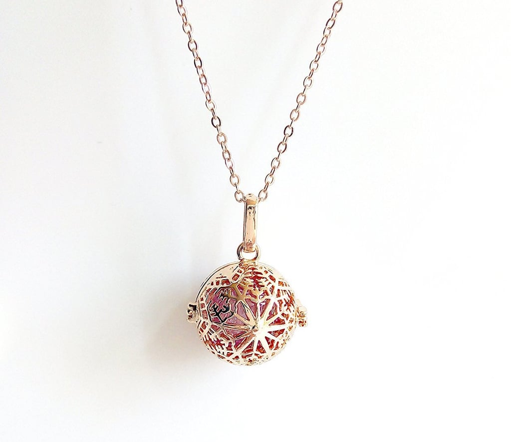 Snowflake Rose Gold Aroma Essential Oil Diffuser Necklace