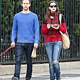 Anne Hathway and her fiancé, Adam Shulman, went for a weekend stroll in NYC.