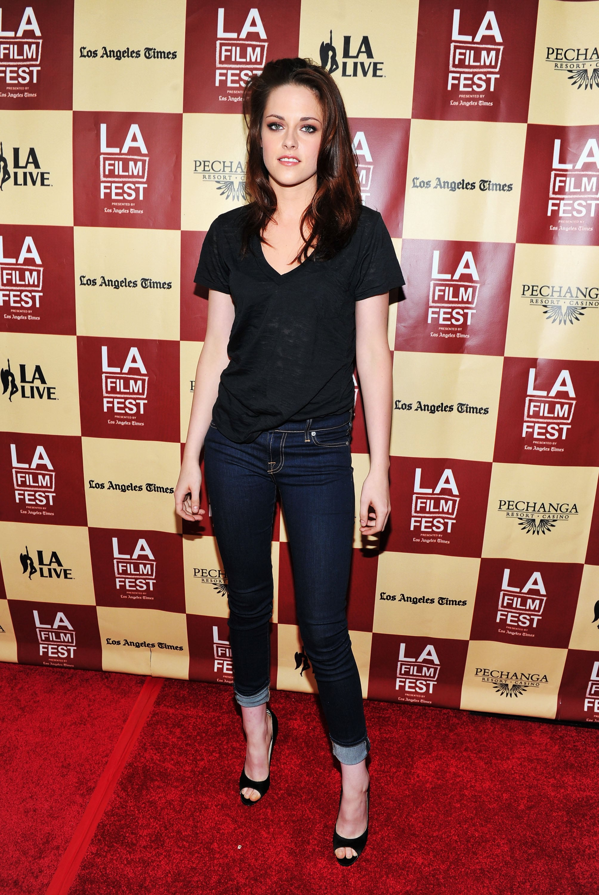 Picture of Kristen Stewart in a T-shirt and Jeans at A Better Life ...
