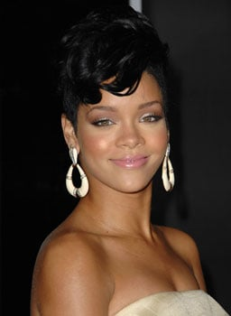 Rihanna at 2008 American Music Awards: Hair and Makeup Poll
