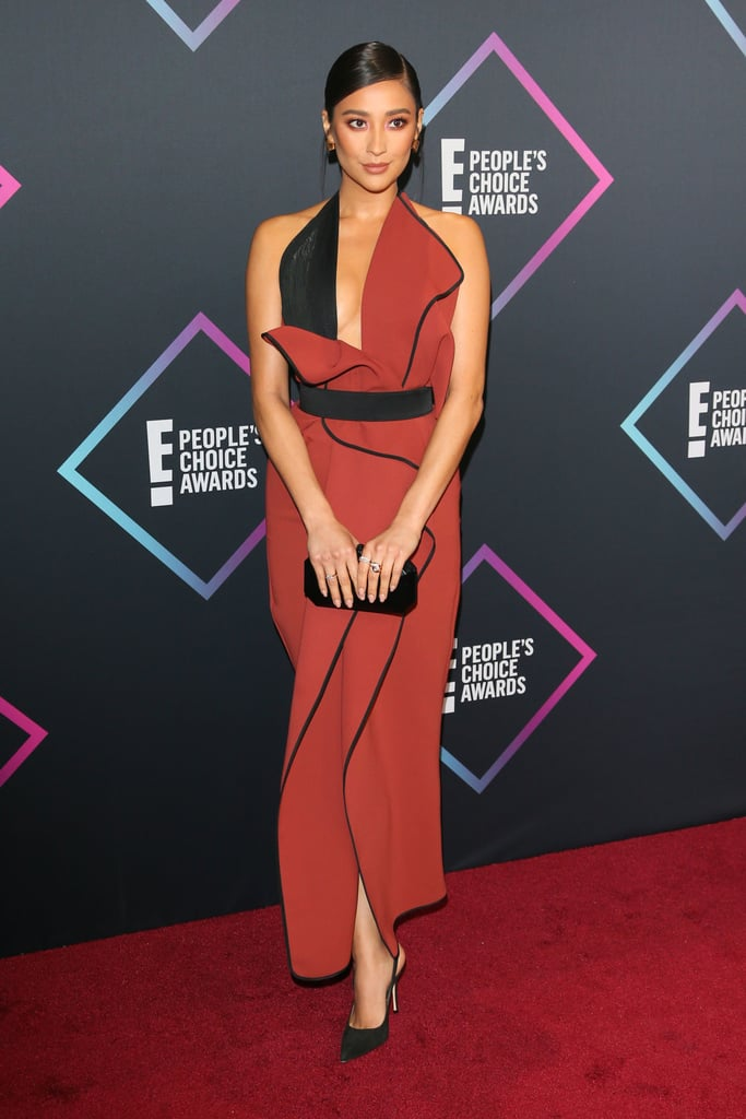 People's Choice Awards Red Carpet Dresses 2018