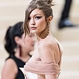 Gigi Hadid's Graphic Eyeliner