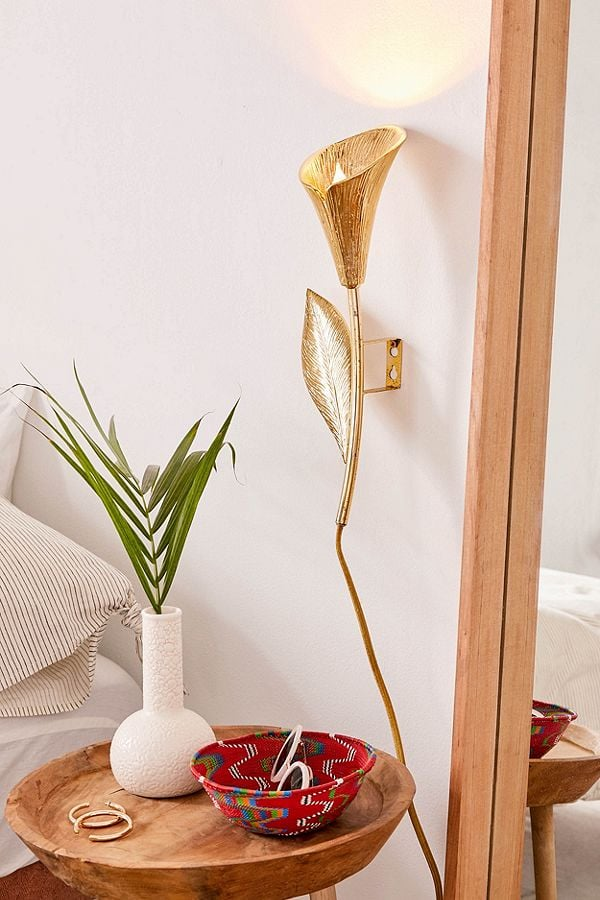 Calla Lily Metal Sconce