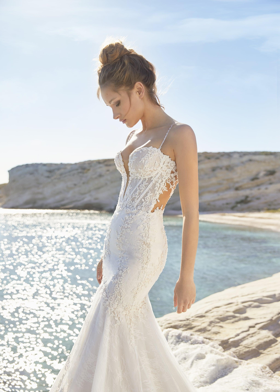 classy wedding dresses 20