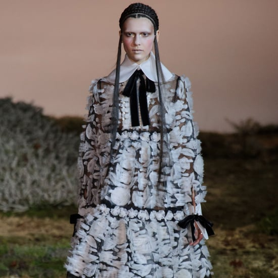 Alexander McQueen Fall 2014 Runway Show | Paris Fashion Week
