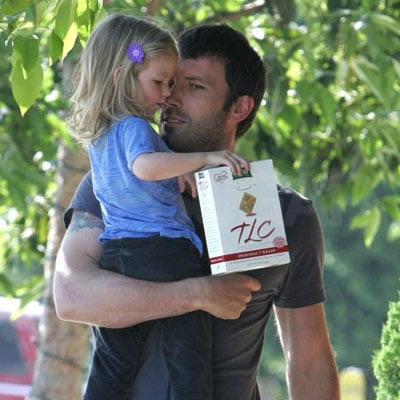 Ben and Violet Affleck Go to Starbucks