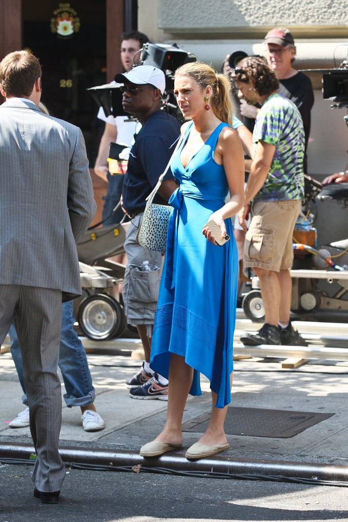 Blake Lively paired her blue dress with flats.